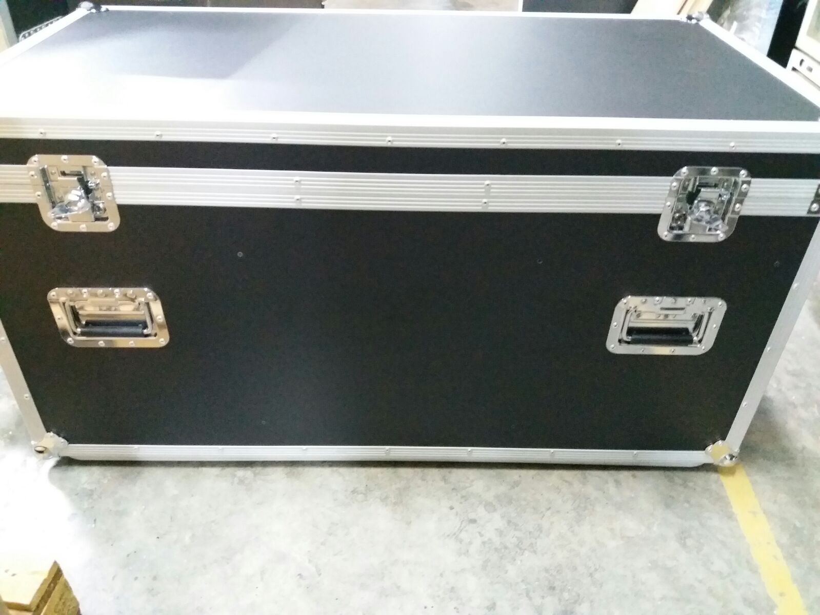 4ft Accessories Case