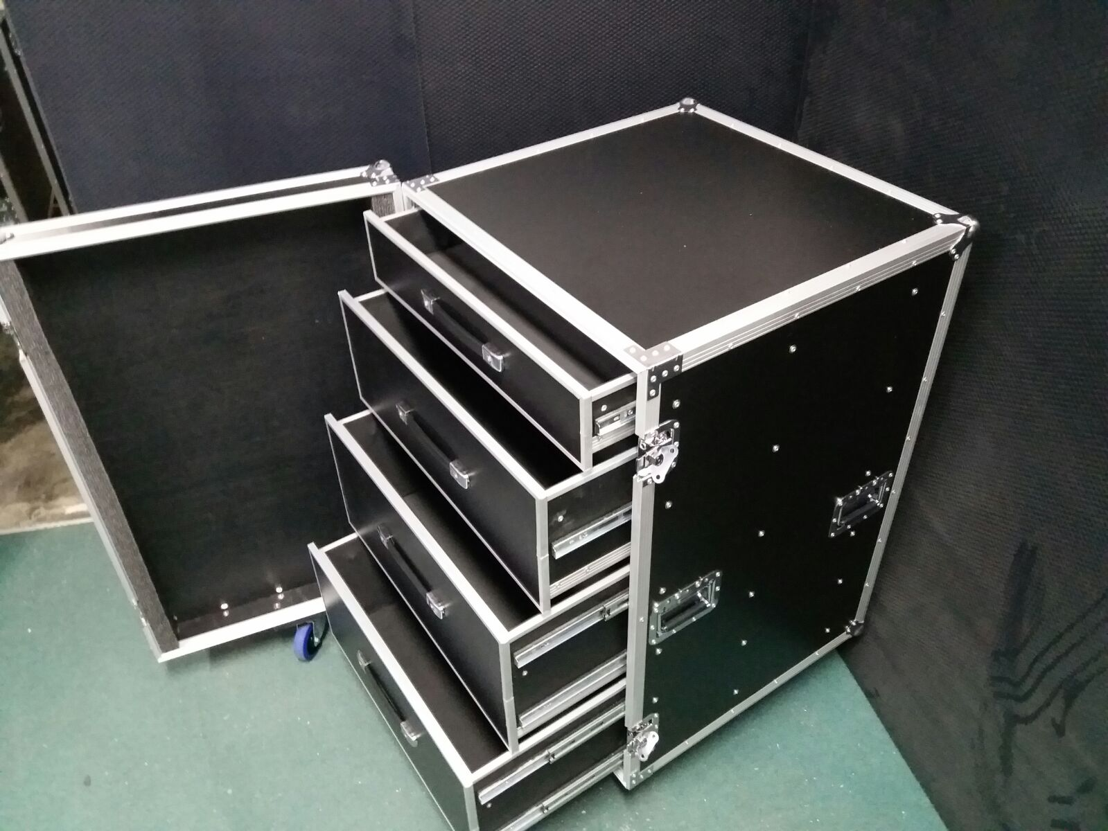 Big Size 4 Drawer Case 2